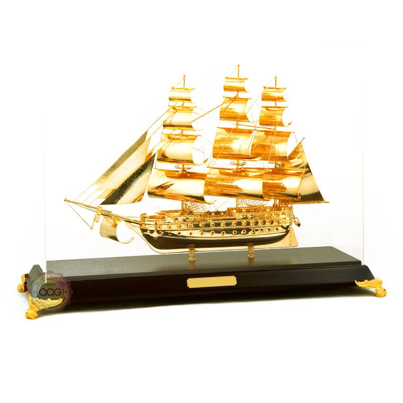 quà tặng thuận buồm xuôi gió mạ vàng